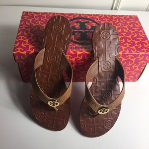 Shoes - Tory Burch Thora Leather Flip-Flops.
